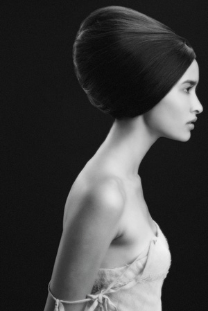 From Frances Cutri elongates the head shpe to form this hair style