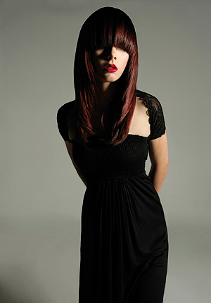 http://www.virtualhaircare.com.au/images/AHFA08/WA-NT%20Hairdresser%20of%20the%20Year/WANT_LYNETTE_ROBINSON/long-red.jpg